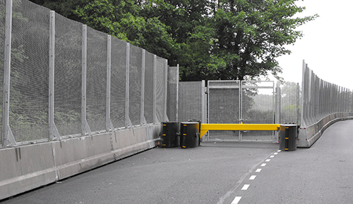 SecureGuard Fencing With Gate Opening